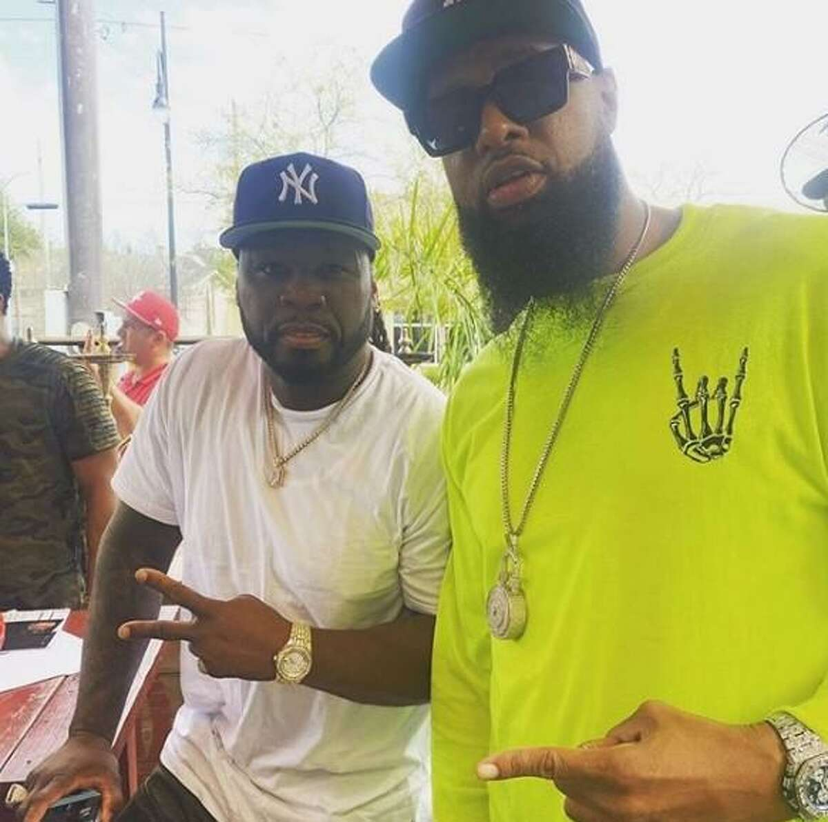 Rapper 50 Cent showed up at Turkey Leg Hut in Houston and was impressed.