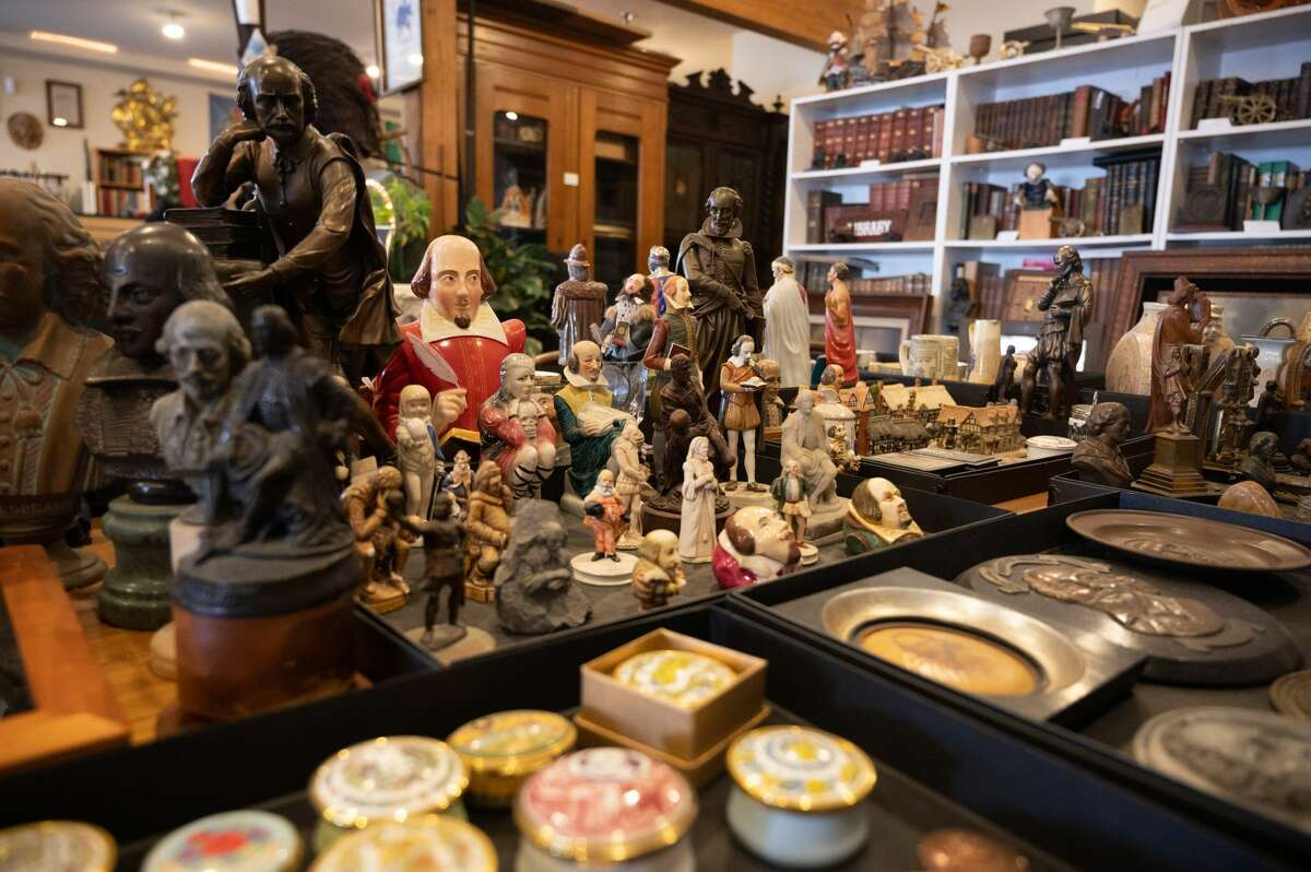 The Shakespeare Society of America in Moss Landing, California contains more than 15,000 objects related to the bard.
