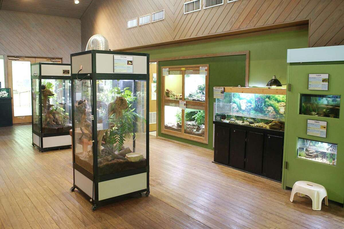 A campaign will seek to improve the center's environmental learning center.