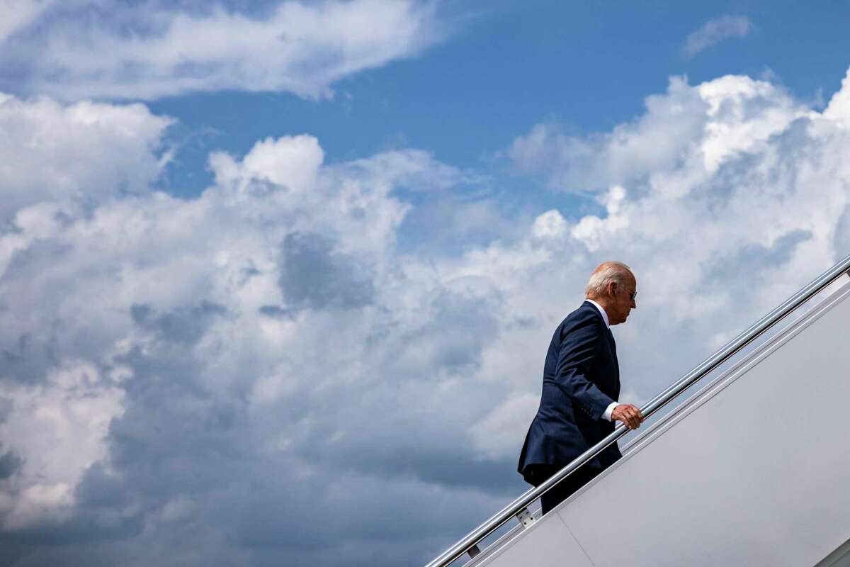 President Biden boards Air Force One to travel to Delaware after signing a sweeping executive order to spur competition across the economy. This order is to assist in what the Trump Administration seemingly failed to do.