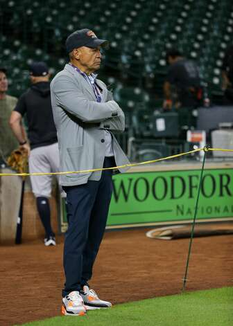 Hall of famer Reggie Jackson watches batting practice before an MLB game between the Houston Astros and the New York Yankees at Minute Maid Park on Friday, July 9, 2021, in Houston. Photo: Godofredo A Vásquez/Staff Photographer / © 2021 Houston Chronicle