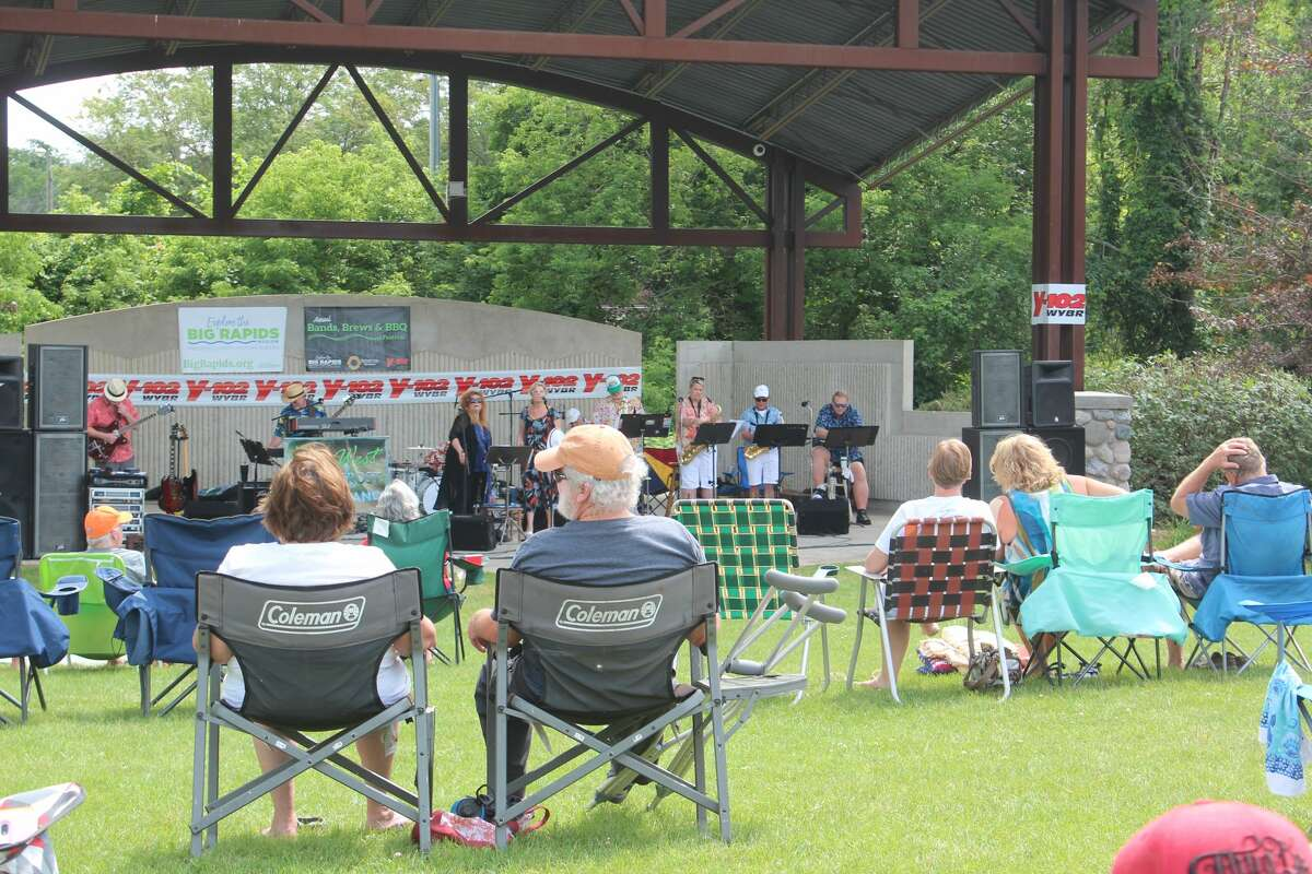 The 2021 Bands, Brews & BBQ Festival brought many out to the Big Rapids Hemlock Park to hear the featured live band performances from The Key West Permafrost Blues Band, The Steve Somers Band with Valerie, The Branda Loomis Band, and the Benzing-Graves Collective.