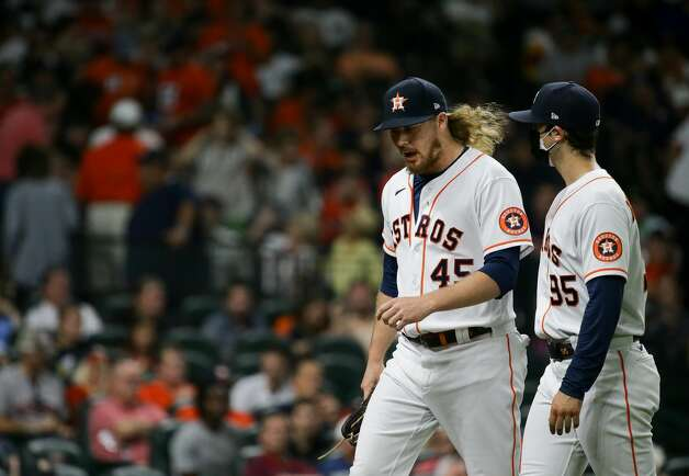 Houston Astros relief pitcher Ryne Stanek (45) walks to the dugout after a scoreless eighth inning against the New York Yankees during an MLB game at Minute Maid Park on Saturday, July 10, 2021, in Houston. Photo: Godofredo A Vásquez/Staff Photographer / © 2021 Houston Chronicle