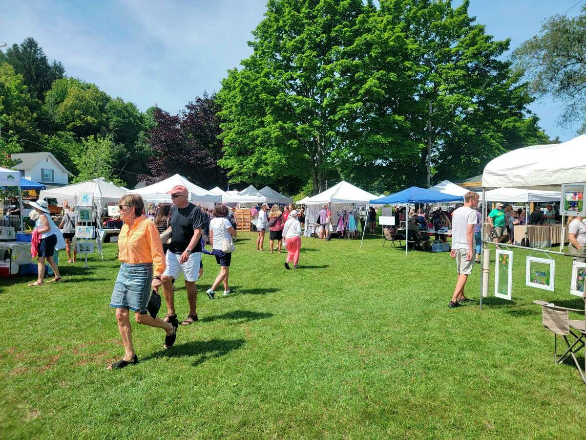 Over 40 vendors came to the Beulah Art Fair to sell their creationson Saturday. (Colin Merry/Record Patriot)