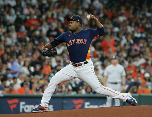 Houston Astros starting pitcher Framber Valdez (59) pitches during the top first inning of the MLB game against the New York Yankees Sunday, July 11, 2021, from Minute Maid Park in Houston. Photo: Yi-Chin Lee, Staff Photographer / © 2021 Houston Chronicle