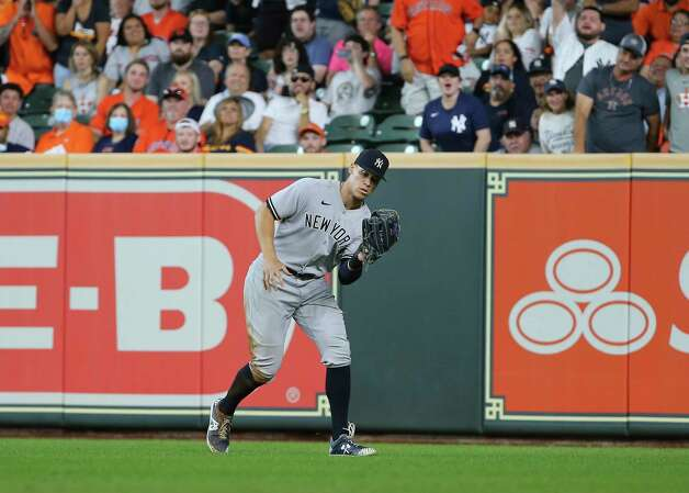 New York Yankees right fielder Aaron Judge (99) catches a fly ball by Houston Astros first baseman Yuli Gurriel during the bottom sixth inning of the MLB game Sunday, July 11, 2021, from Minute Maid Park in Houston. Photo: Yi-Chin Lee, Staff Photographer / © 2021 Houston Chronicle