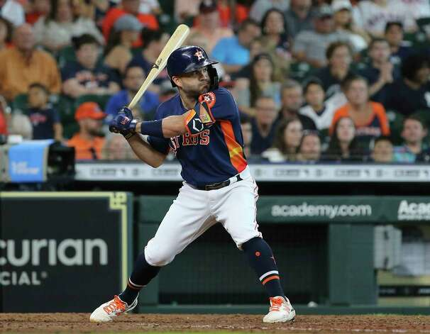 Houston Astros second baseman Jose Altuve (27) is at bat during the bottom eighth inning of the MLB game against the New York Yankees Sunday, July 11, 2021, from Minute Maid Park in Houston. Photo: Yi-Chin Lee, Staff Photographer / © 2021 Houston Chronicle