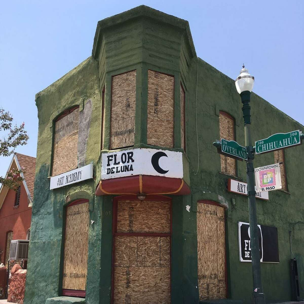 A building in Duranguito, a Latino neighborhood in El Paso, Texas, is one of the places recommended by the Latino Heritage Scholars, an initiative of the Hispanic Access Foundation, to be designated as a heritage and historic site. In a report released on July 7, 2021, the organization criticized a severe underrepresentation of sites of significance for minority communities in the National Register of Historic Places.