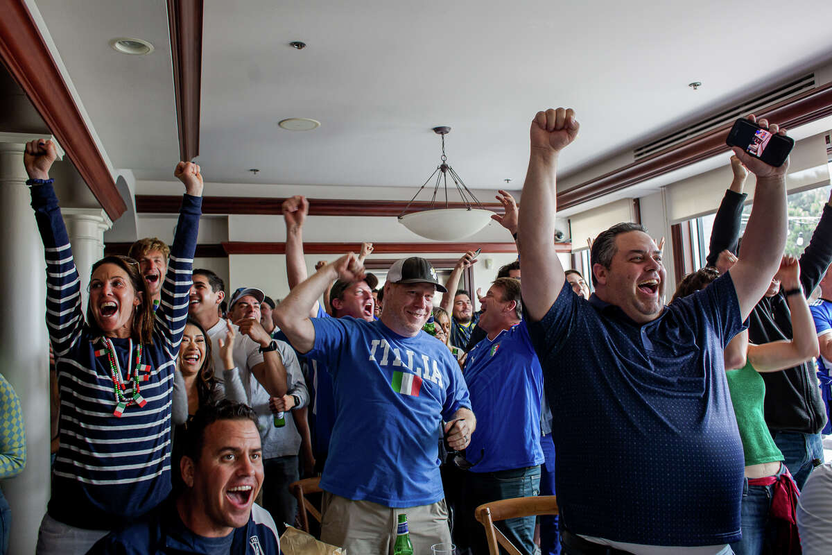 We went to the San Francisco Italian Athletic Club to watch the Euro Cup Final between England and Italy.