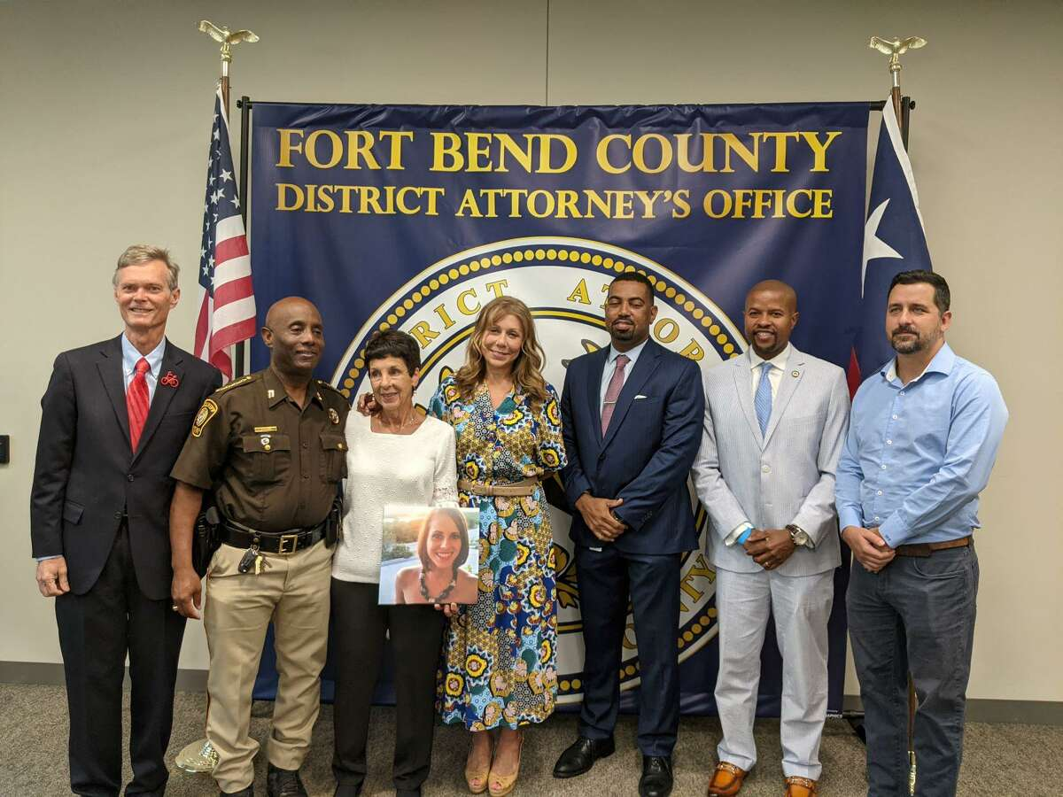 Robin Stallings, Bike Texas; Sheriff Eric Fagan, FBCSO; Elaine Brooks (Lisa's mother); State Sen. Joan Huffman (R-Houston); Brian Middleton, Fort Bend County District Attorney; State Rep. Ron Reynolds (D-Missouri City), Elliot Smith (Lisa's husband).Lisa Torry Smith's family, along with Fagan, Middleton and Stalling had travelled to Austin to provide testimony in support of the legislation before committees in both houses of the legislature.