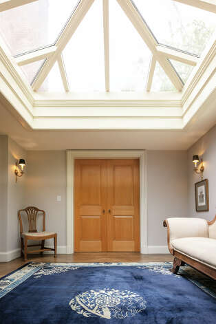 There are two rooms with skylights in the home on Hamburg Road. Photo: Vicente Muñoz  / © 2020 Vicente Munoz