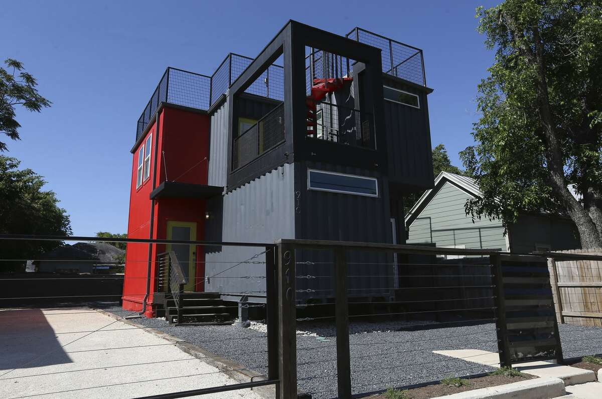 In a lot of places, container homes are still not common, so it might be difficult to find an experienced builder. Find someone who knows all the permits and building codes required as well as the zoning regulations for your area.