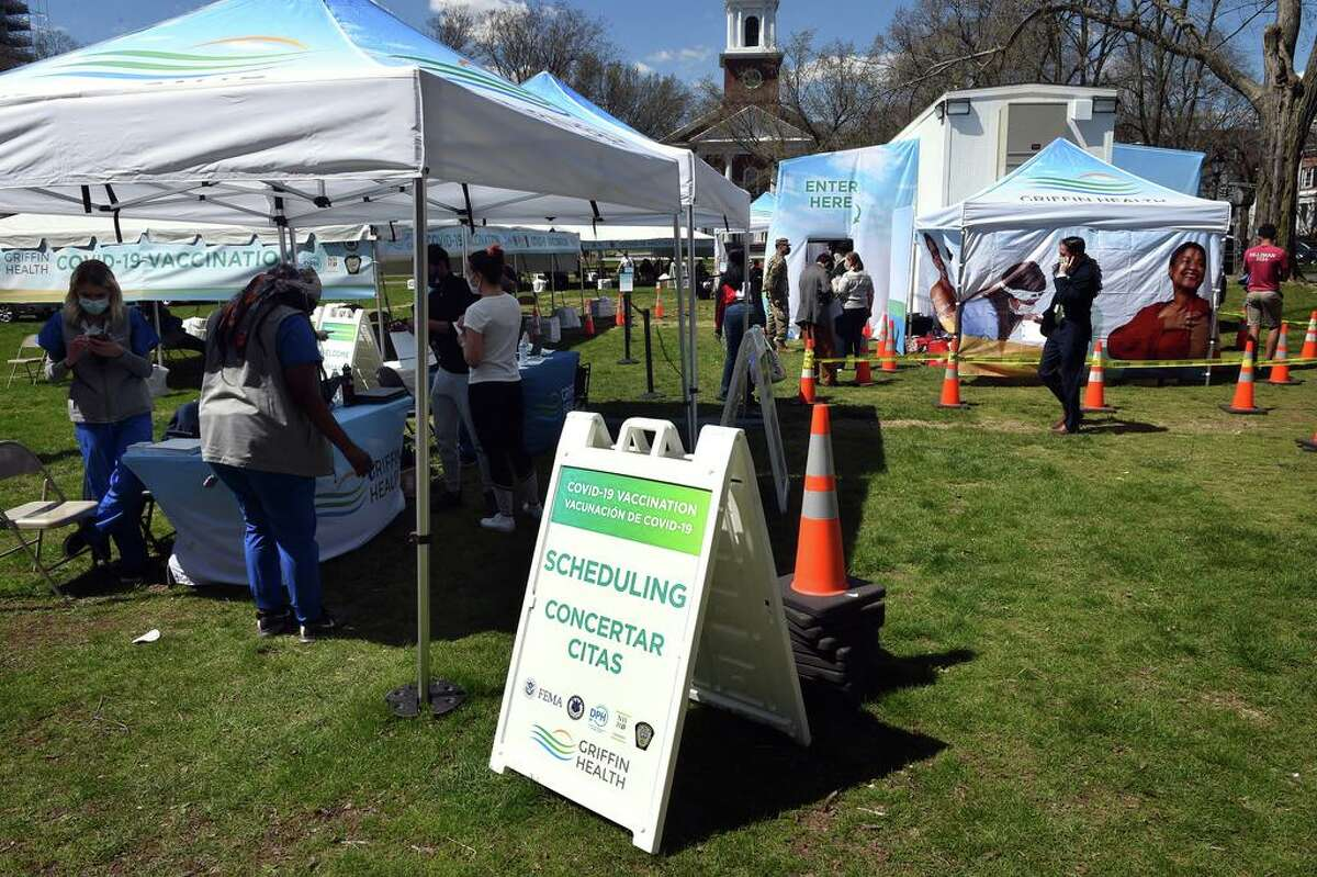 A COVID-19 FEMA Mobile Vaccination Unit set up on the New Haven Green on April 8, 2021.