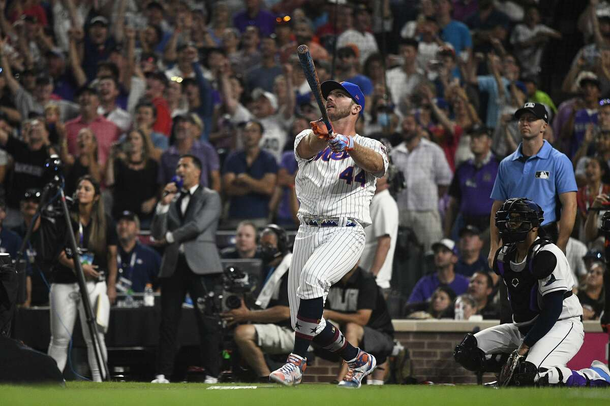 DENVER, COLORADO - JULY 12: Pete Alonso #20 of the New York Mets bats in the final round of the 2021 T-Mobile Home Run Derby at Coors Field on July 12, 2021 in Denver, Colorado. (Photo by Dustin Bradford/Getty Images)