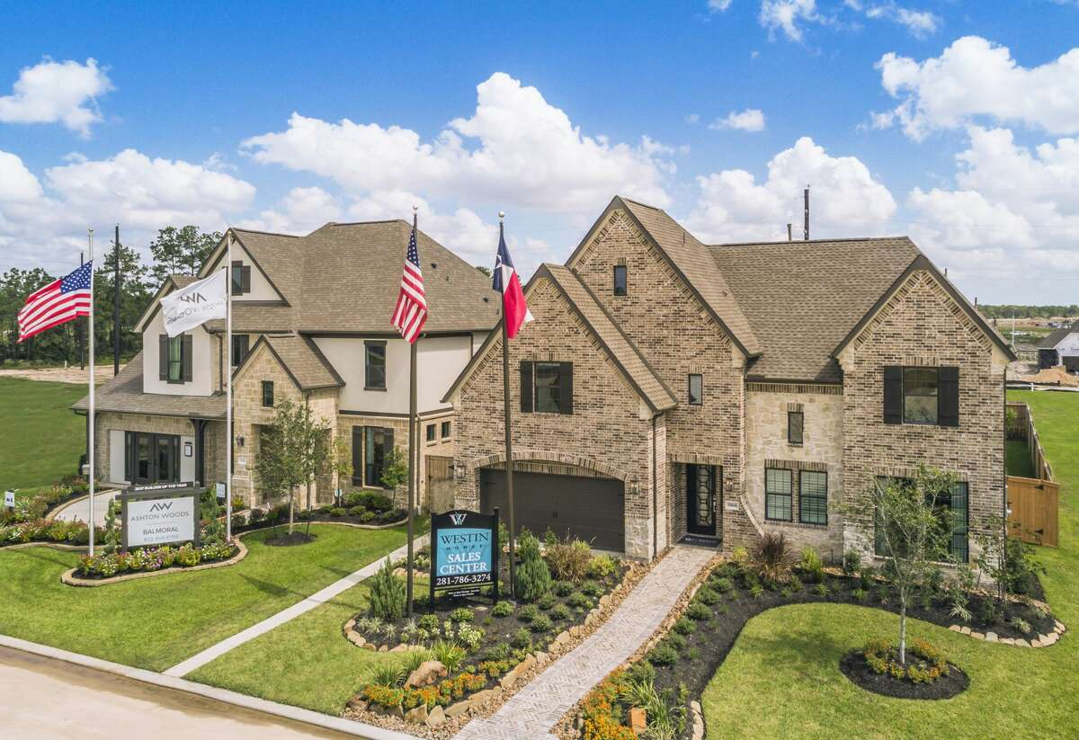 Balmoral is a development of Land Tejas in Humble. The Land Tejas community ranked No. 11 on RCLCO's national list of top-selling communities with 458 sales in the first half of 2021.