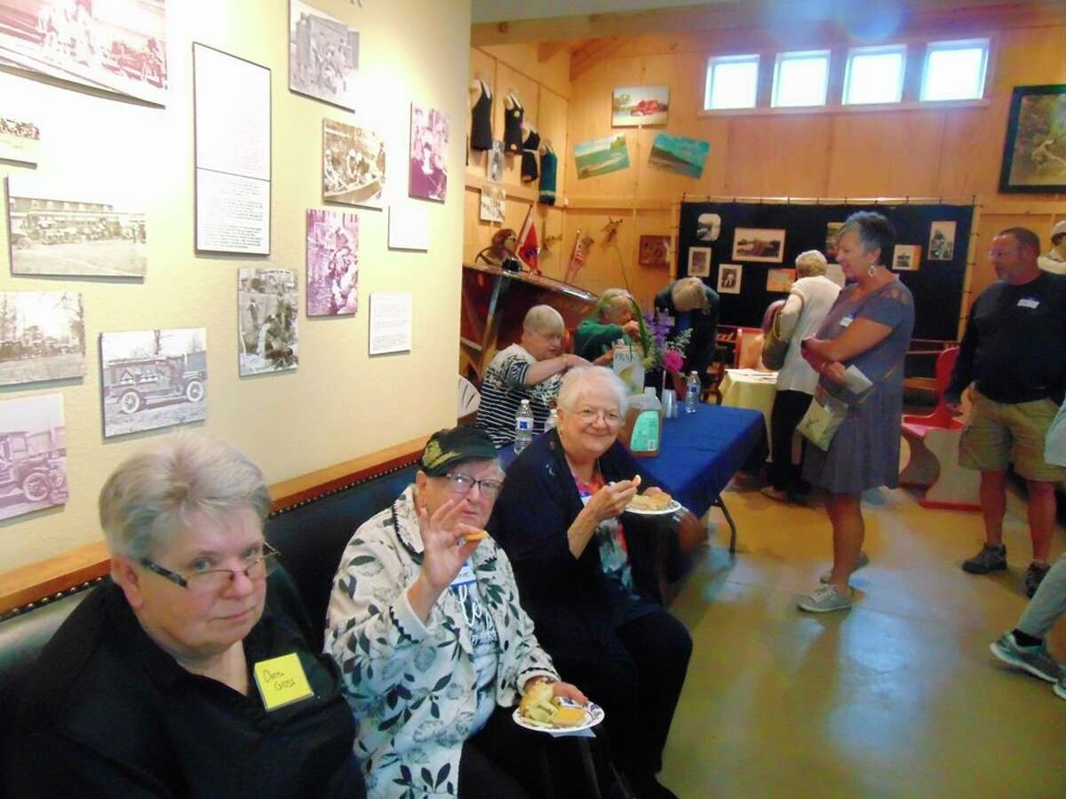 There were many great items for guests to bid on at the Garden Club of Lake County Meet and Greet/auction. (Star photo/Shanna Avery)