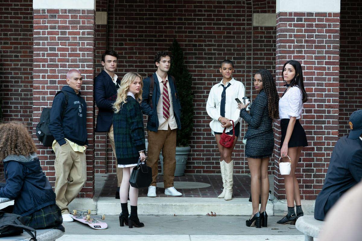 """The cast of 2021's """"Gossip Girl."""""""