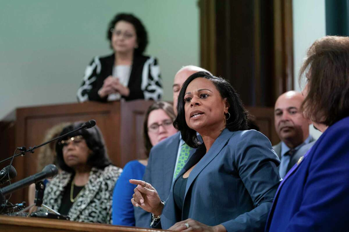 A reader doesn't understand why any elected representative would want to make it harder to vote. State Rep. Nicole Collier, D-Fort Worth, was one of the Democrats who walked out during the regular session to thwart a vote on a bill to restrict voting.