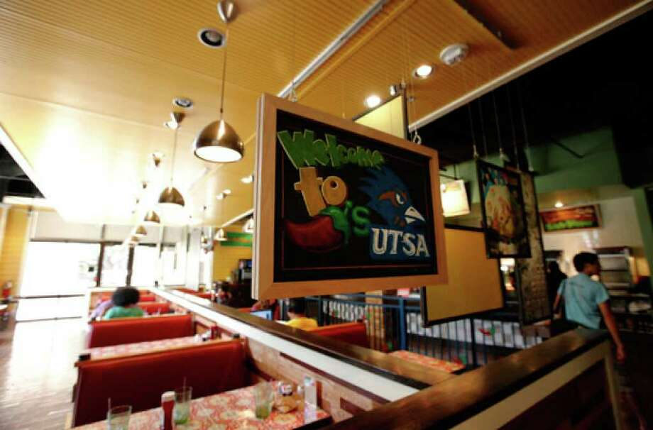 The Chilis Too At University Of Texas San Antonio Features A Nonalcoholic Bar