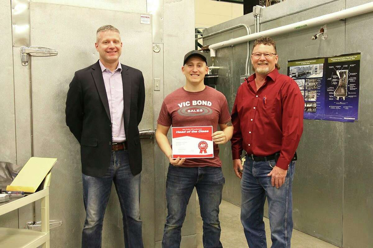 Mid Michigan College student, Chris Torrez of Beaverton, recently received a Head of the Class award from Malco Products. (Photp provided)