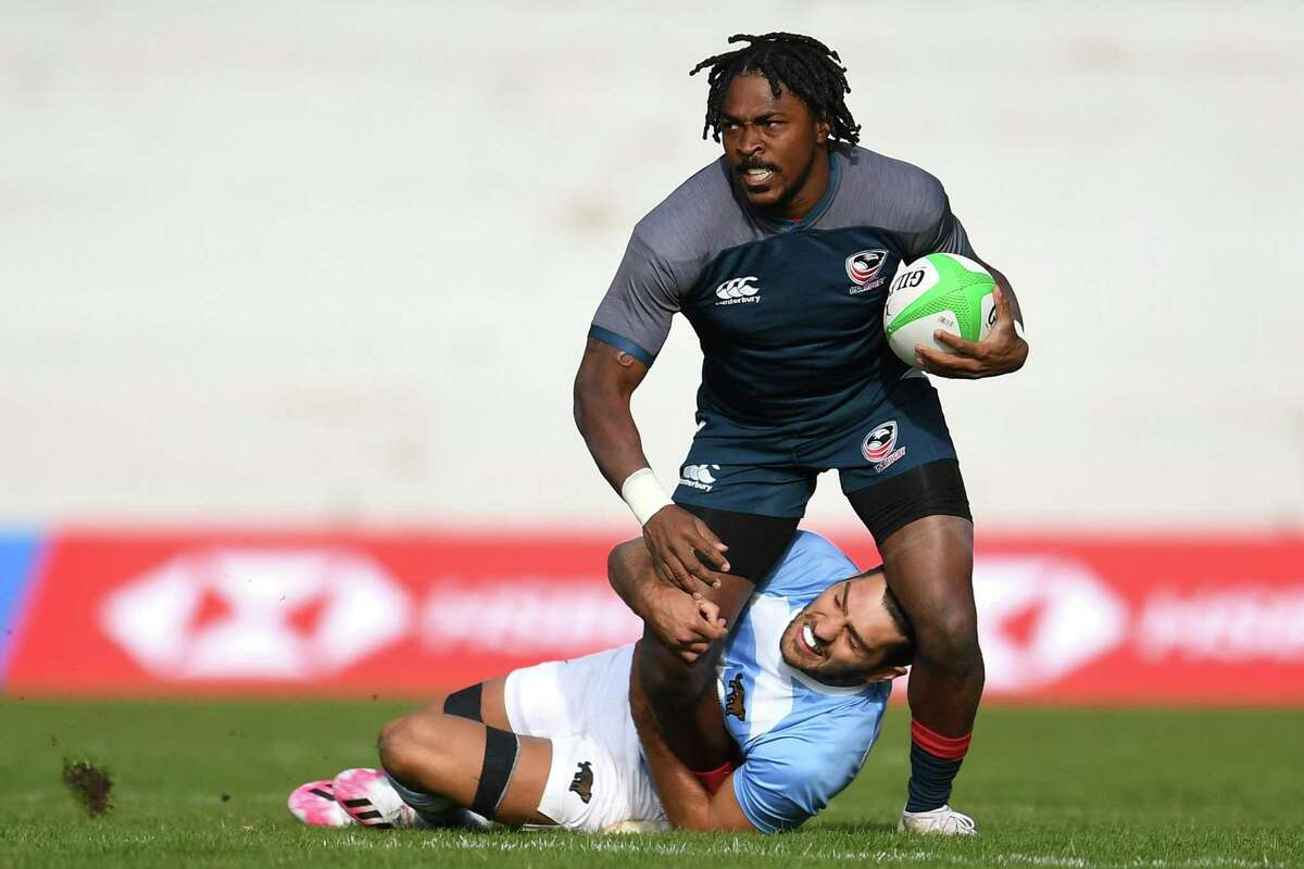MADRID, SPAIN - FEBRUARY 20: Kevon Williams of the USA is tackled by Santiago Alvarez of Argentina during match 11 between USA and Argentina during Day One of the Madrid Rugby Sevens International Tournament at Universidad Complutense de Madrid on February 20, 2021 in Madrid, . (Photo by David Ramos/Getty Images)