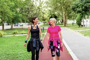 Health experts recommend walking in groups, since groups are safer, and walking club members help each other keep up with their walking goals. Many of these groups are informal, while others have a leader who organizes times and places to walk.