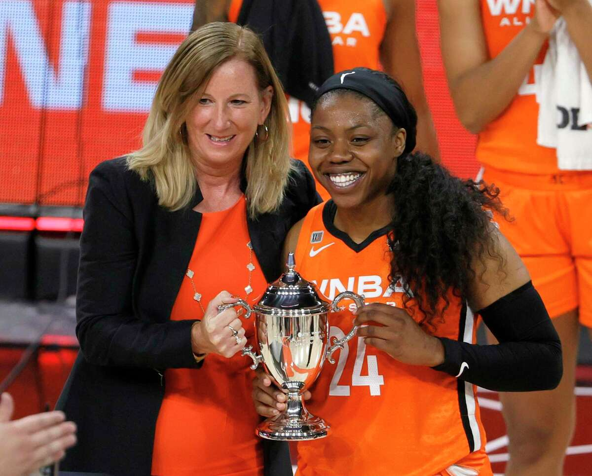 LAS VEGAS, NEVADA - JULY 14: WNBA Commissioner Cathy Engelbert presents the MVP trophy to Arike Ogunbowale #24 of Team WNBA after the 2021 WNBA All-Star Game at Michelob ULTRA Arena on July 14, 2021 in Las Vegas, Nevada. Team WNBA defeated the USA Women's National Team 93-85. (Photo by Ethan Miller/Getty Images)