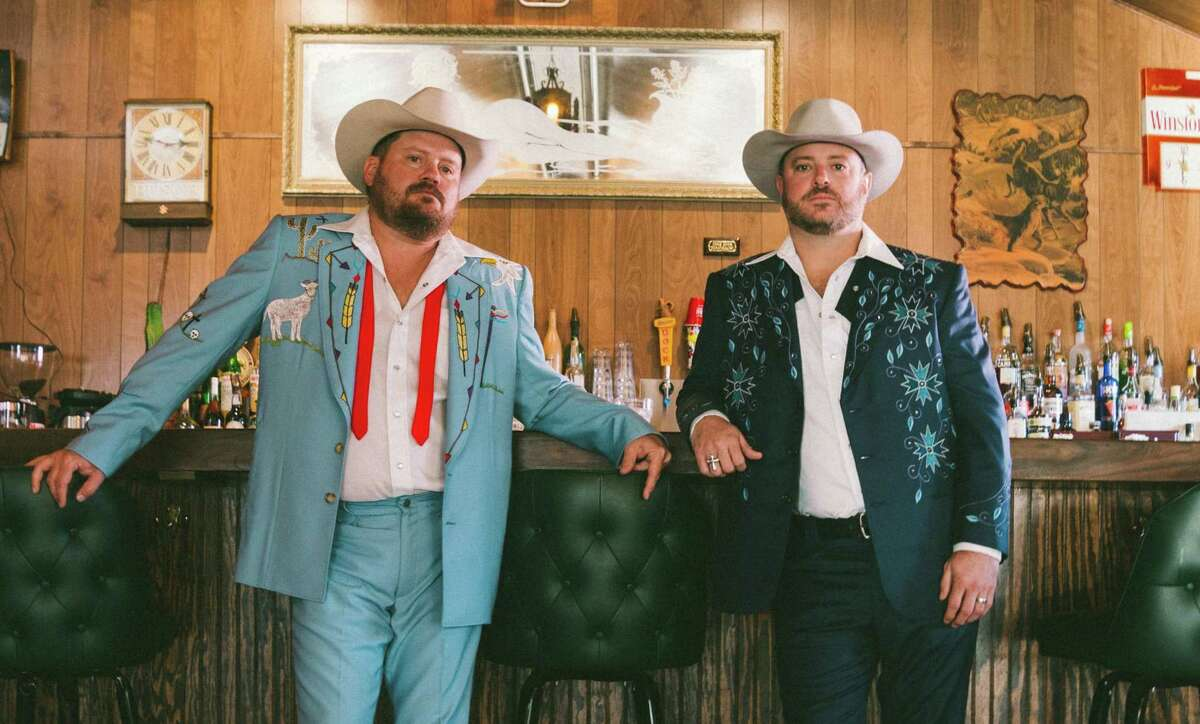 """Randy Rogers and Wade Bowen are bringing their """"Hold My Beer and Watch This"""" tour to Floore's Country Store."""