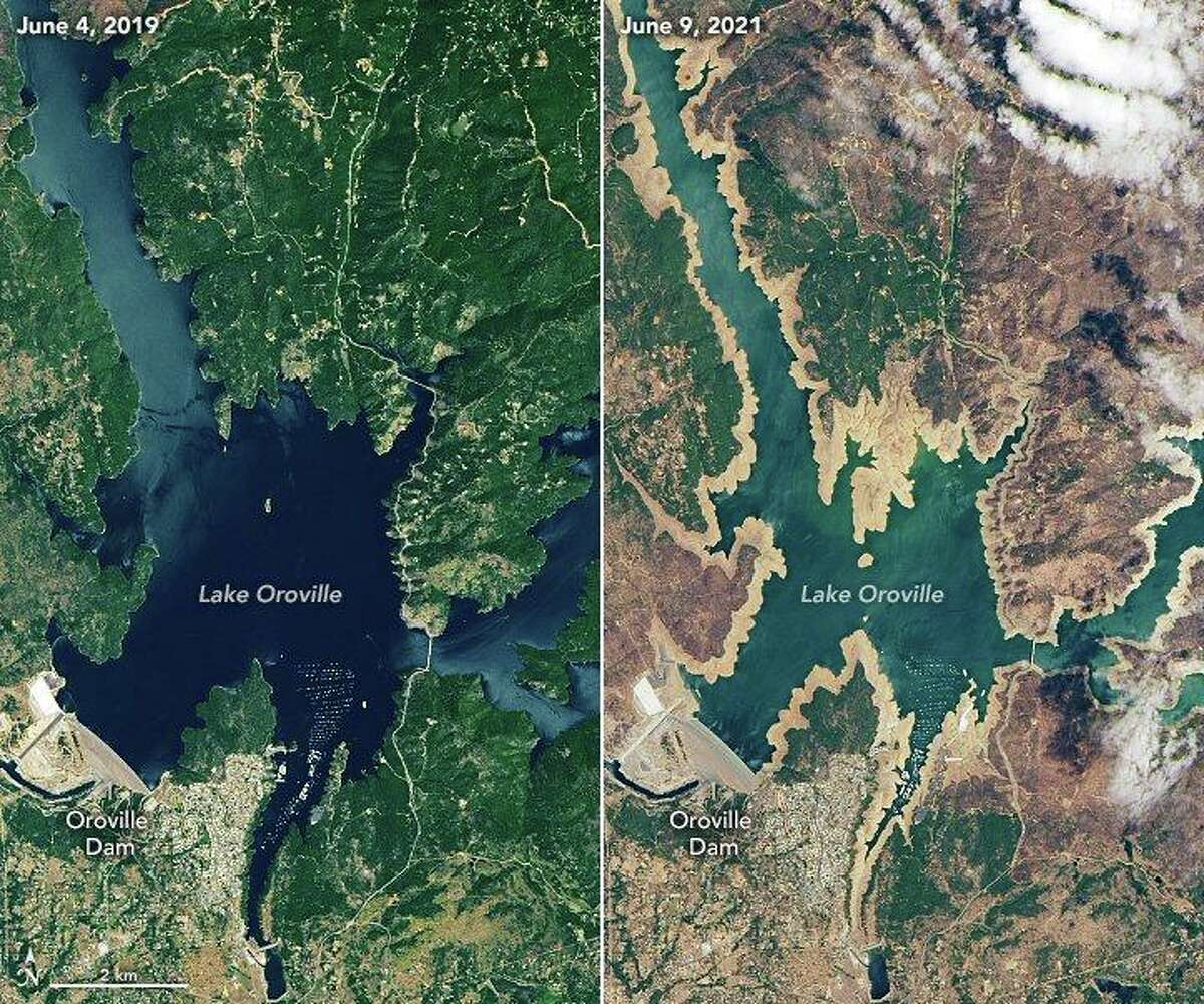 Satellite images showing Lake Oroville depleted by drought conditions.