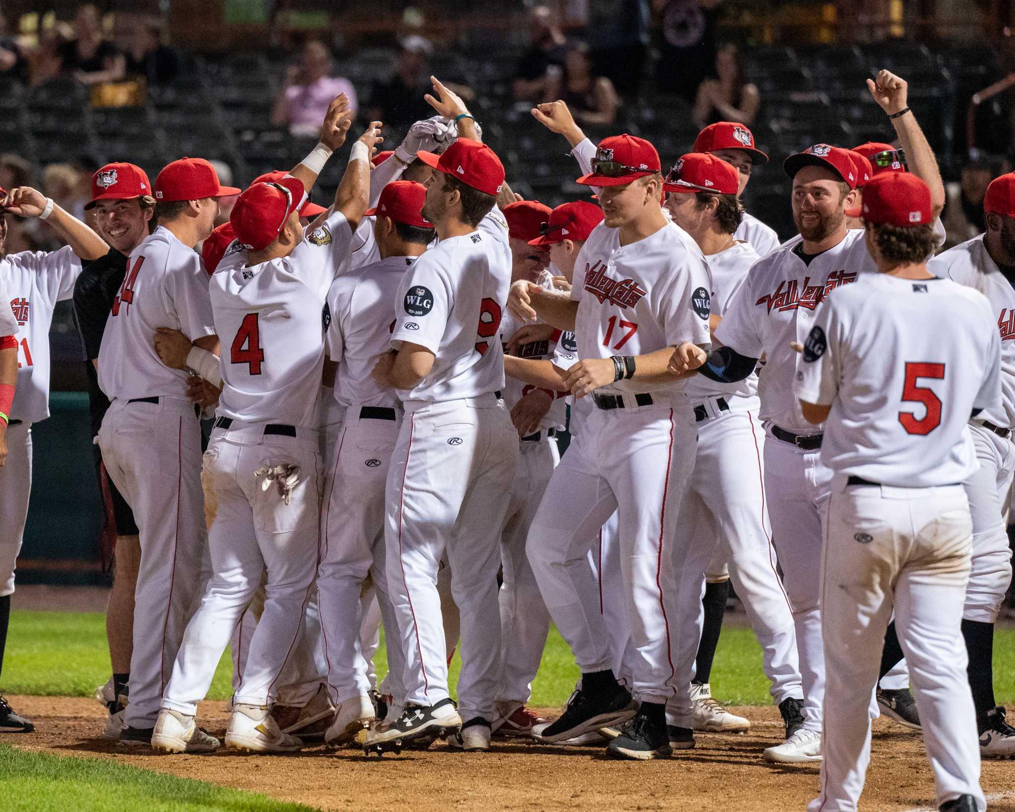 ValleyCats win home run derby to complete doubleheader sweep