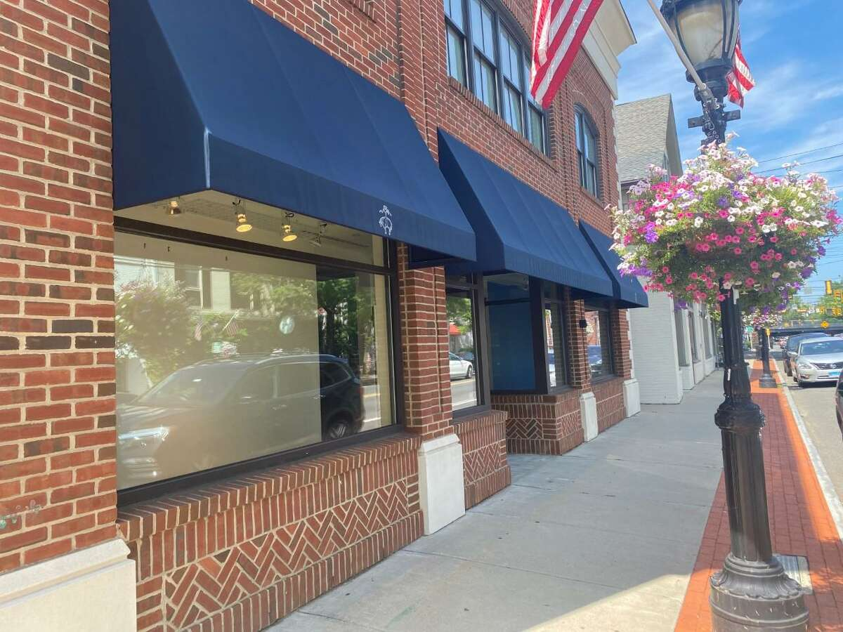 A Little Something White, presently located at 1292 Post Road, has signed a lease to occupy space at 987 Post Road, former home of Brooks Brothers.