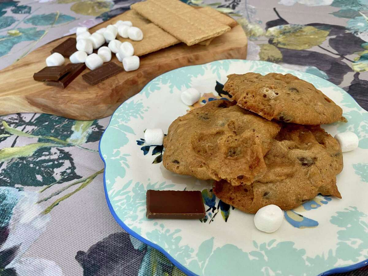Even when the skies are stormy, you can still enjoy s'mores in cookie form.