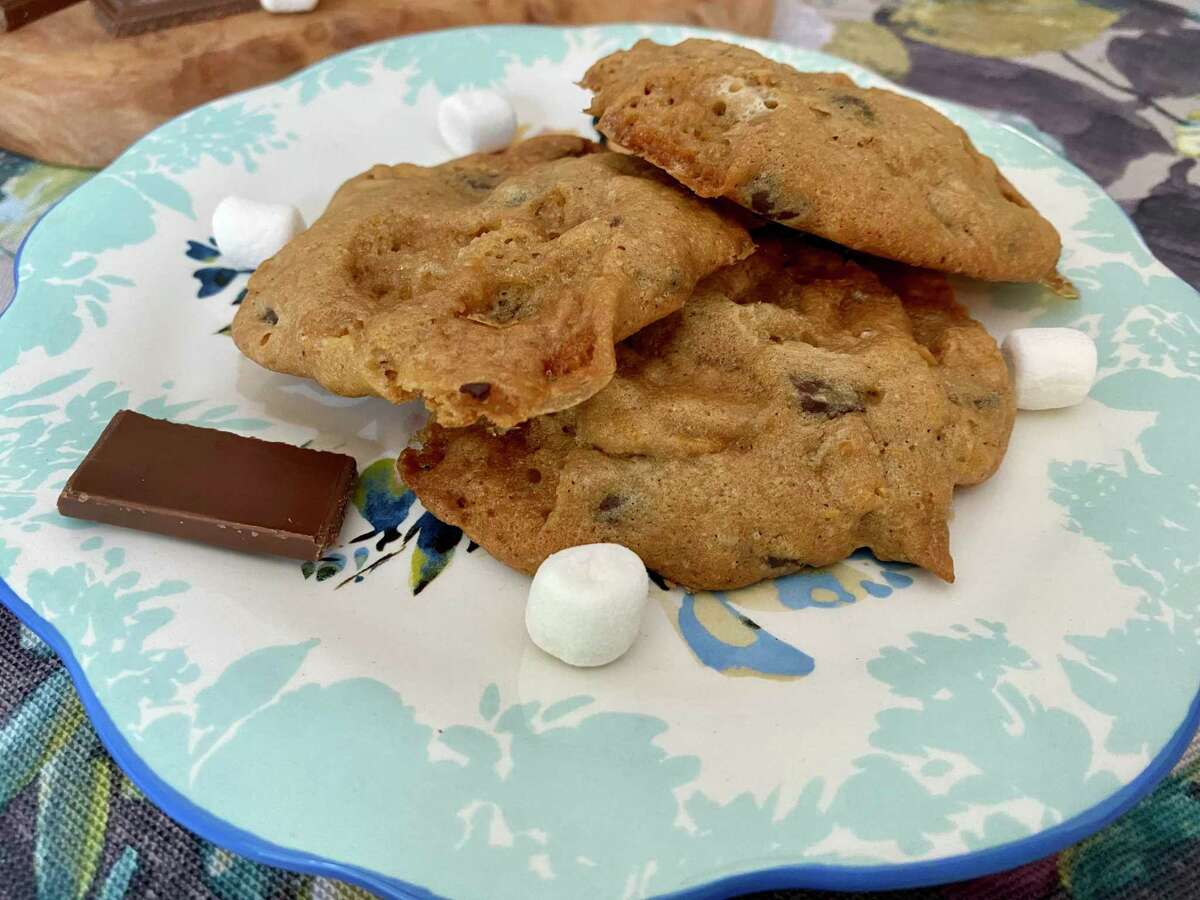 Even when the skies are stormy you can still enjoy s'mores in cookie form.