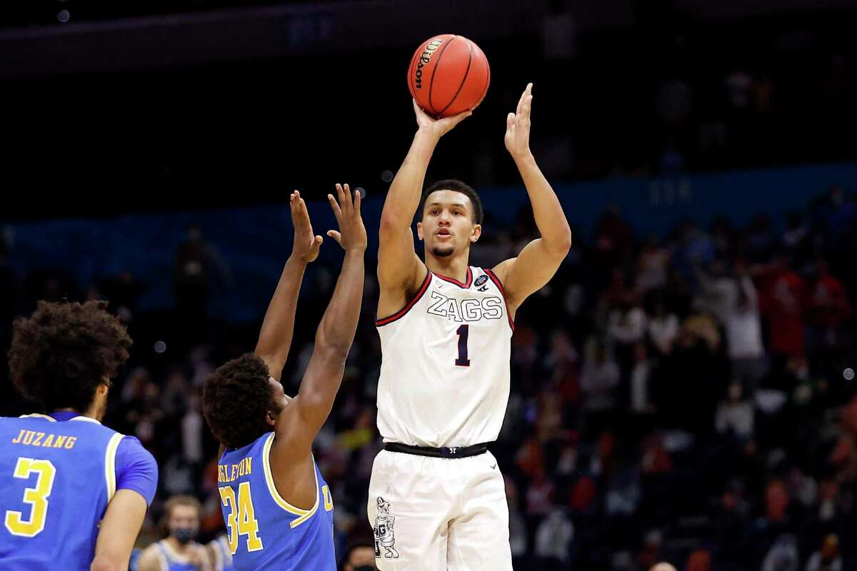 Jalen Suggs, shooting the game-winning 3-pointer against UCLA in NCAA semifinals, has never been shy about taking the big shot.