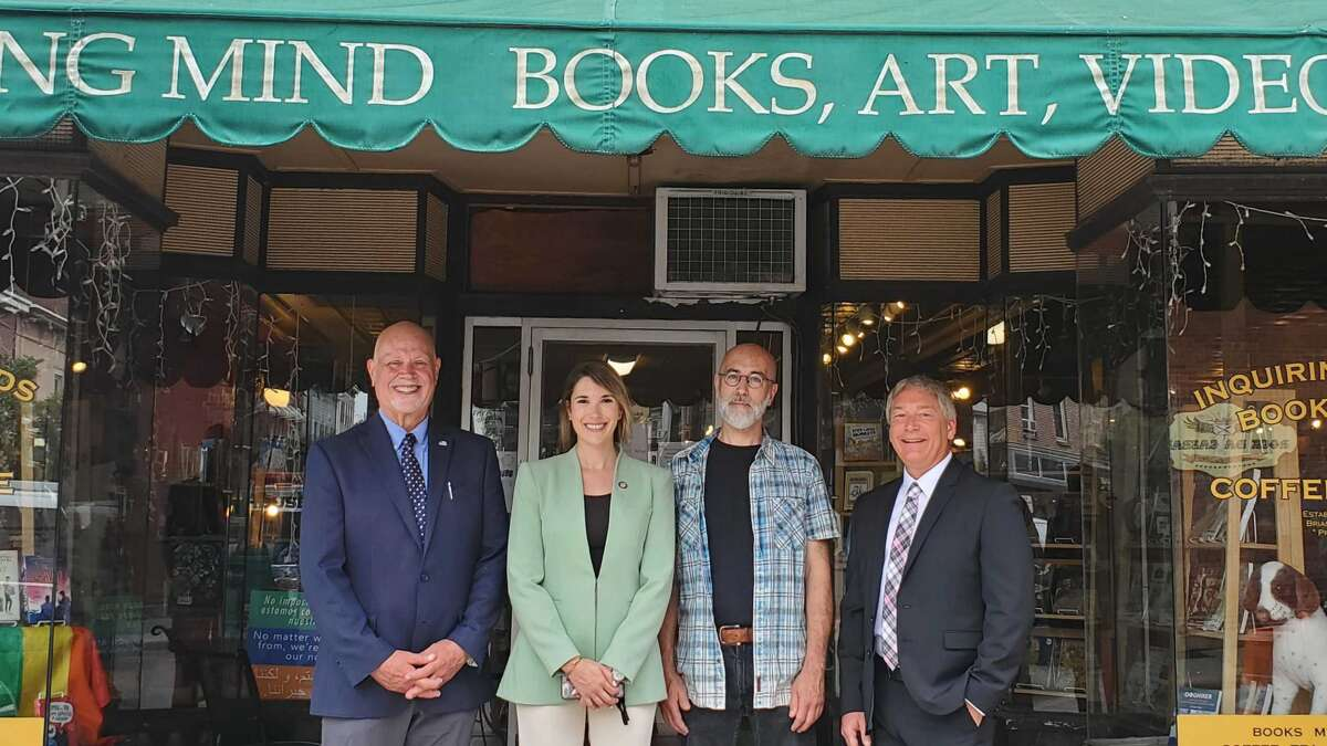 In early June, State Senator Michelle Hinchey joined Ward Todd, President & CEO of the Ulster County Regional Chamber of Commerce, Brian Donoghue, owner of Inquiring Minds Bookstore & Cafe, and Jeff Friedman, President & Executive Director of the Greene County Chamber of Commerce, to announce the new state grant made for small businesses to recovery from the pandemic.