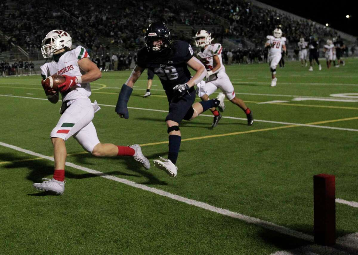 The Woodlands wide receiver Ben Ferguson (6) runs for a 44-yard touchdown during the third quarter of a high school District 13-6A high school football game at Woodforest Bank Stadium, Friday, Nov. 27, 2020, in Shenandoah.