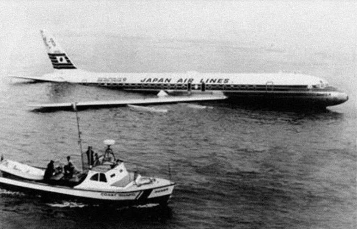 Japan Air Lines Flight 2, November 22, 1968.