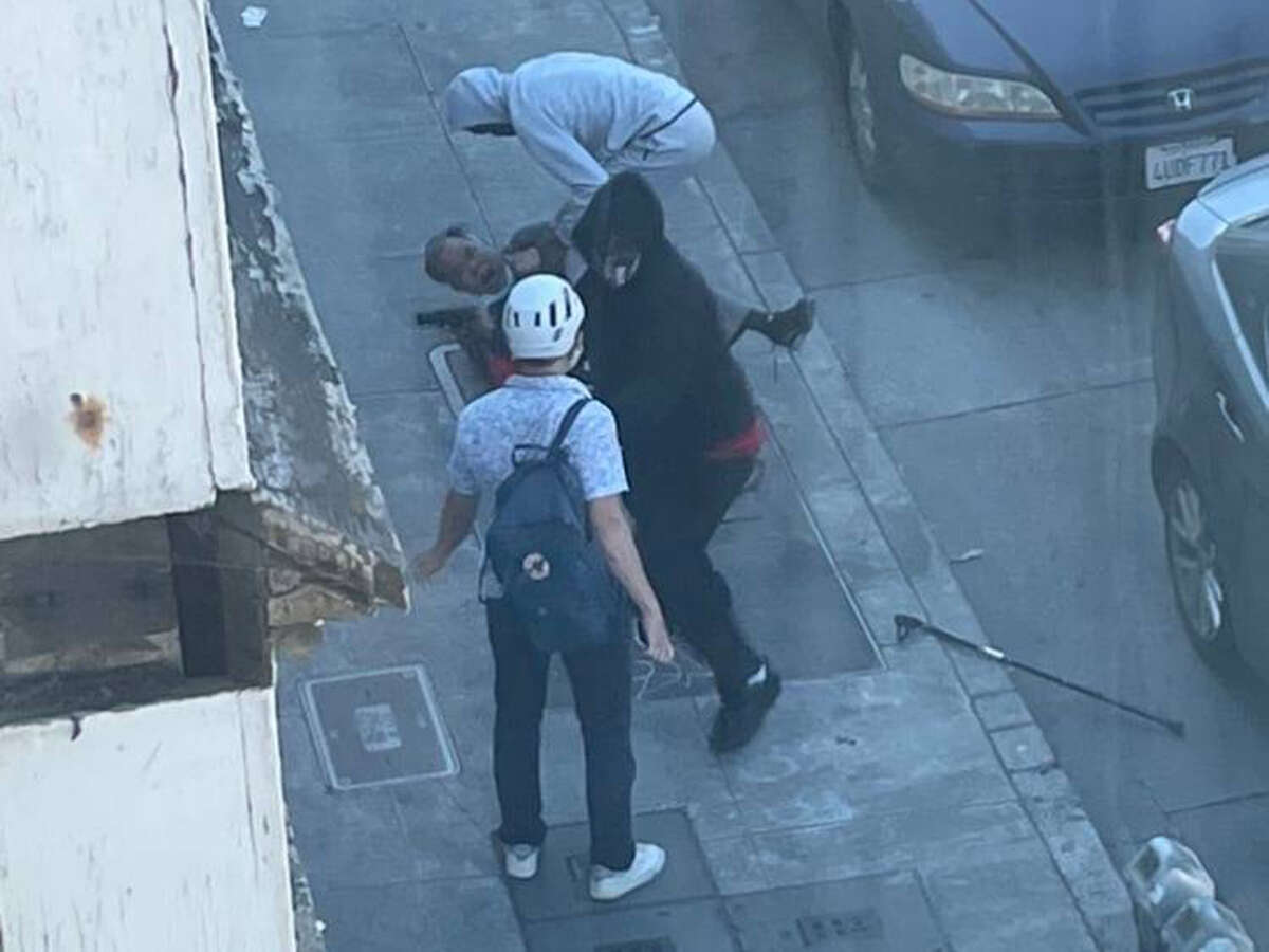 """A photo provided by Oakland police of the """"brazen"""" Thursday robbery."""