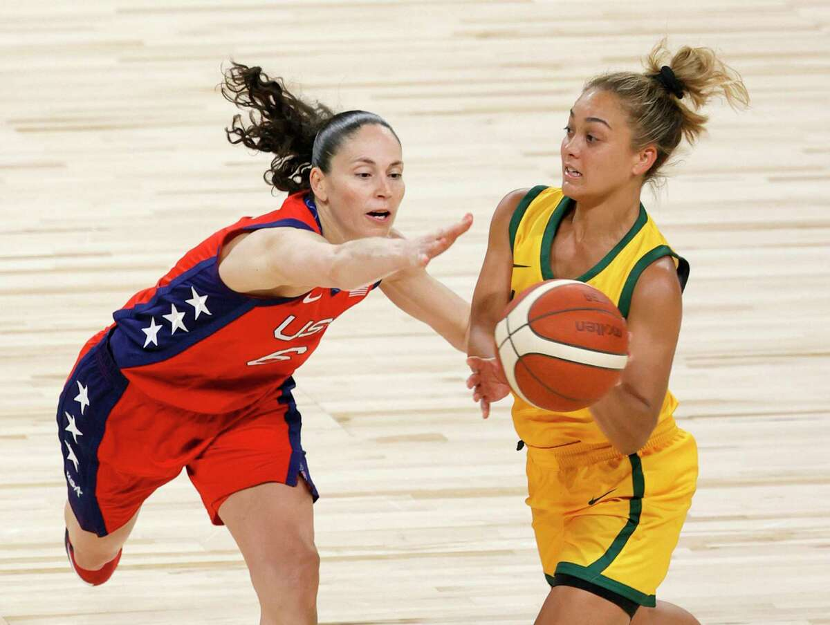 LAS VEGAS, NEVADA - JULY 16: Leilani Mitchell #5 of the Australia Opals passes against Sue Bird #6 of the United States during an exhibition game at Michelob ULTRA Arena ahead of the Tokyo Olympic Games on July 16, 2021 in Las Vegas, Nevada. Australia defeated the United States 70-67. (Photo by Ethan Miller/Getty Images)