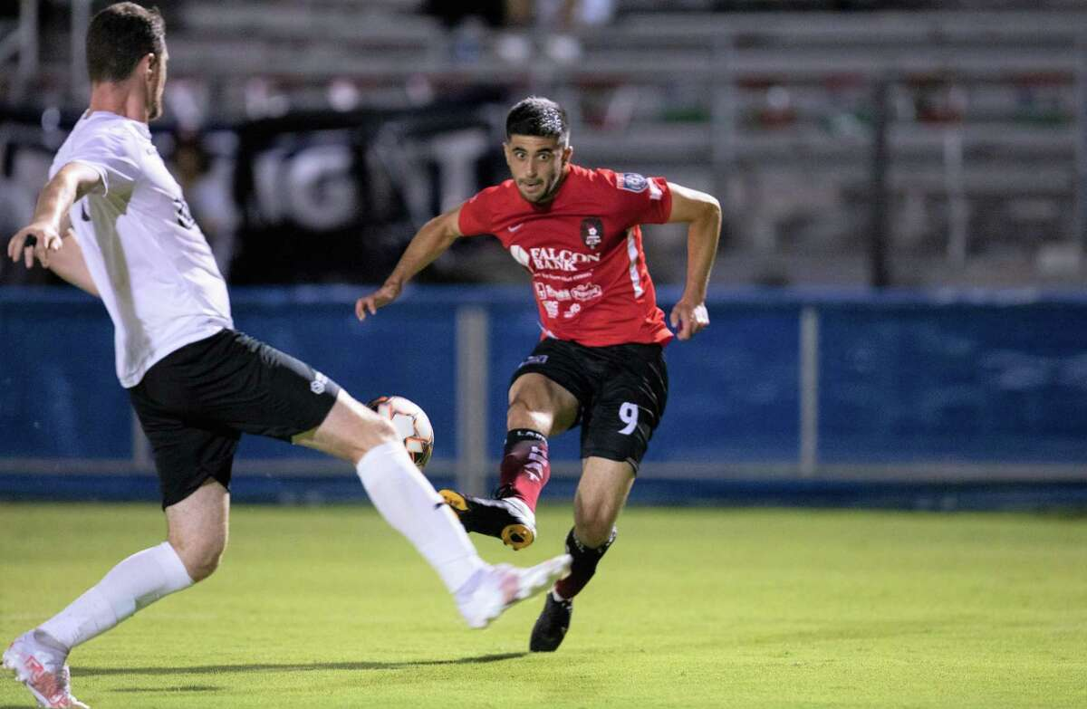Nadav Datner and the Laredo Heat are set to play for the Lone Star Conference championship with a 7:30 p.m. match at the Denton Diablos FC on Saturday.
