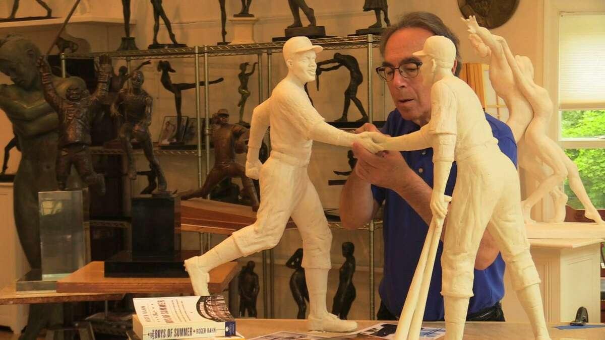 Marc Mellon, Small scale model of Handshake sculpture