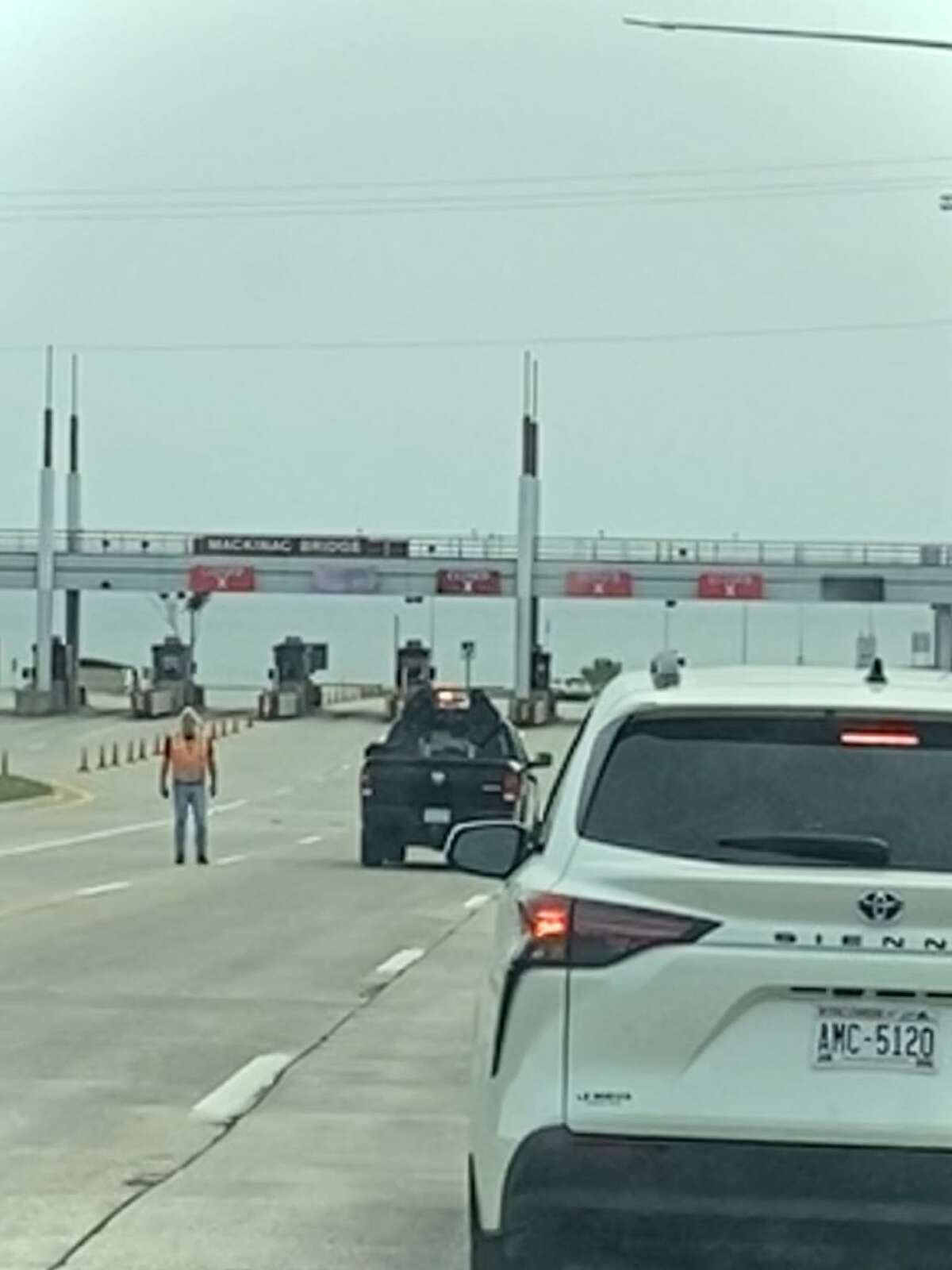 Traffic on I-75 was backed up in both directions for three hours on Sunday afternoon while the Mackinac Bridge was closed so that authorities could investigate a bomb threat.