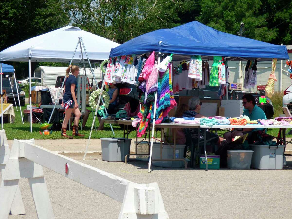 An Arts and Crafts show in Kalevashowcased the work of over 40 local artists and crafters on July 17. (Scott Fraley/News Advocate)