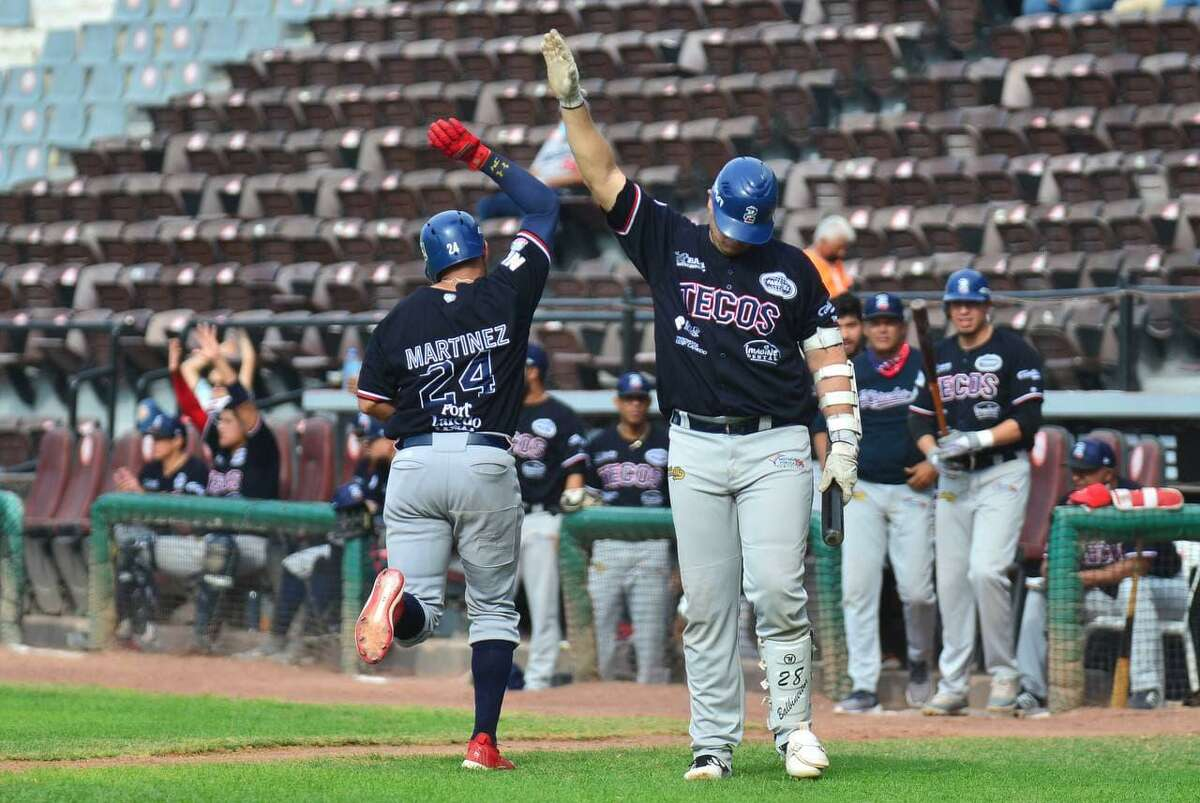 The Tecolotes Dos Laredos claimed a series victory over the Algodoneros de Union Laguna with a 7-5 win on Sunday.