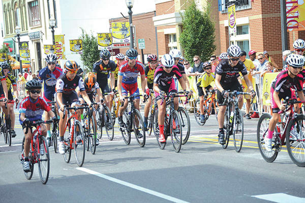 A scene from the 2018 Criterium Road Race.