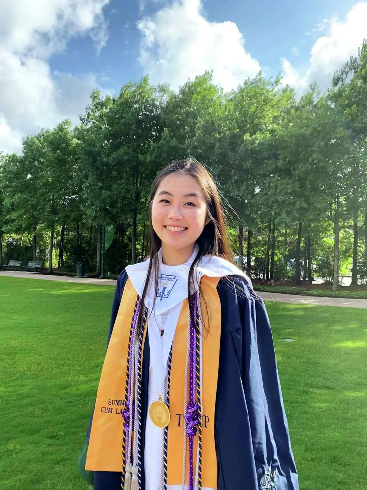 Zoe Wang is a 2021 graduate of The College Park High School and the recipient of the Education Award from the Chinese Professional Club.