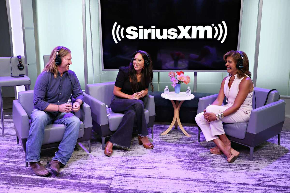 """Joanna Gaines talks to Hoda Kotb about her mother's immigration story, loving how Chip fathers and why he's cutting his long hair on Kotb's """"The Hoda Show"""" on SiriusXM."""