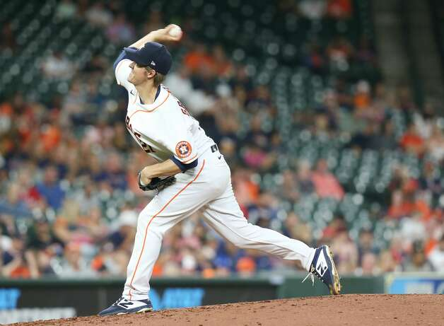 Houston Astros starting pitcher Zack Greinke (21) pitches in the fourth inning against Cleveland Indians at Minute Maid Park on Monday, July 19, 2021. Houston Astros host Cleveland Indians for a three-game series. Photo: Elizabeth Conley/Staff Photographer / © 2021 Houston Chronicle