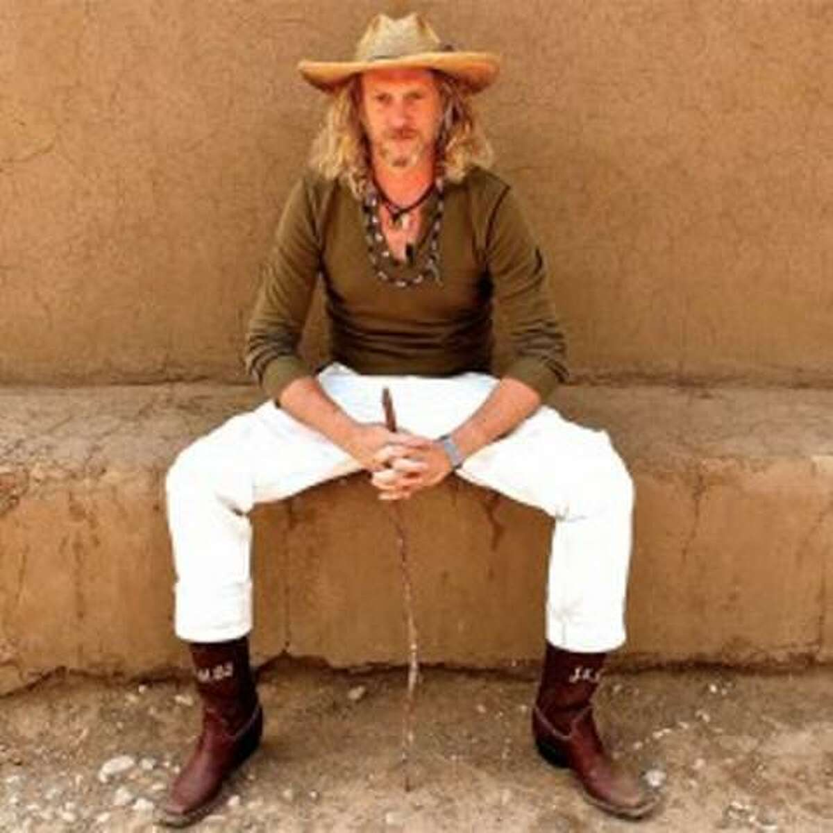 Jimbo Mathus brings his Mississippi music to The Right Space Ballroom on Friday.