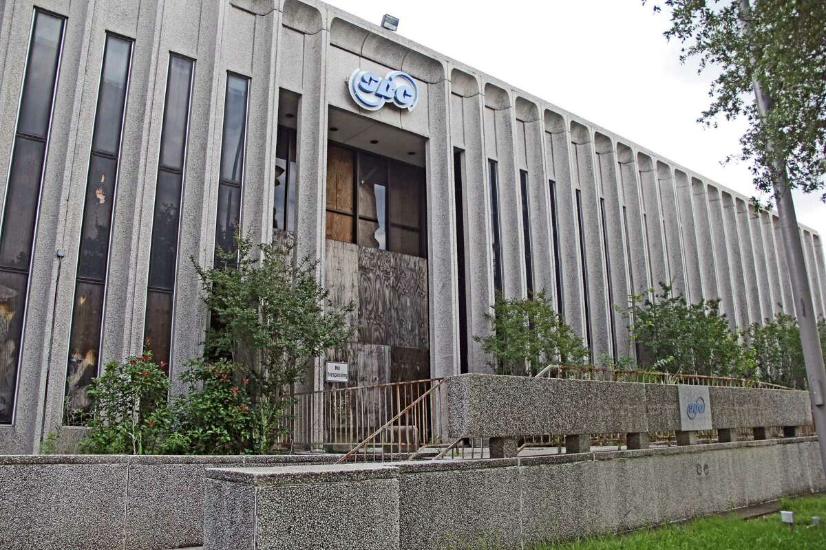 Built in 1967, Harris County officials reported the old AT&T building had an appraised value of $1,461,999 in 2011 and $1,602,500 in 2012.